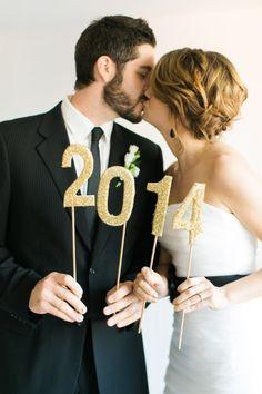 Casamento na Passagem de AnoCasamento na Passagem de Ano. #casamento #noivos #Réveillon #branco #preto #dourado