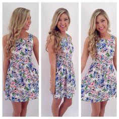 Springy floral-patterned dress!