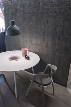 BCN table by HarryCamila+Compas chair by Norguet for Kristalia #norguet #harrycamila #designfurniture #madeinitaly