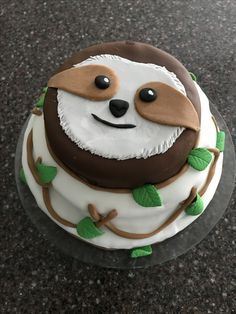 Sloth cake in fondant, Fancy Cakes, Cute Cakes, Cake Cookies, Cupcake Cakes, Cake Fondant, Cake Decorating Tips, Cookie Decorating, Sloth Cakes, Taco Cake