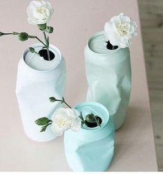 for the right event these are fun.DIY upcycling of cans with spray paint / Vase aus Dose selber machen Diy Tumblr, Ideias Diy, Diy Art, Upcycle, Recycle Cans, Diy And Crafts, Soda Can Crafts, Diy Projects, Canning