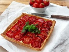 Pepperoni, Cheddar, Vegetable Pizza, Love Food, Ricotta, Main Dishes, Lunch, Vegetables, Tarts