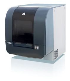 Projet 1000 3D Printer http://www.3digiprints.com/