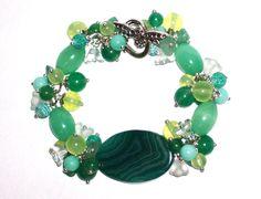Braccialetto verde gioielli perline braccialetto Gemstone Bracciale Bracciale delicato bracciale damigella d'onore regalo fascino bracciale regalo per lei di RainbowGemsBoutique su Etsy https://www.etsy.com/it/listing/451721480/braccialetto-verde-gioielli-perline