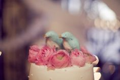 Bird Cake Topper  LOVE this!!!   http://www.elizabethannedesigns.com/blog/wedding-ideas/cake-topper/