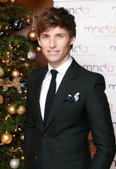 Eddie, looking so good <3