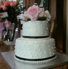 Small 2-tier Round Wedding Cake Instead of pink, coral flowers!