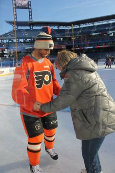 Dislike the Philly jersey....but love Max!   Max Talbot and his Mommy tooooo sweeeettt =)