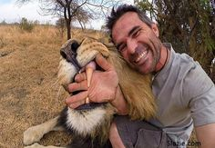 The most hilarious selfies they are going crazy