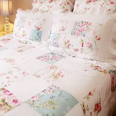 Patchwork Applique Floral Rose Shabby Chic Bedding Ruffled Pillow Sham - May 04 2019 at Shabby Chic Duvet, Rose Shabby Chic, Shabby Chic Quilts, Shabby Chic Mode, Shabby Chic Living Room, Shabby Chic Bedrooms, Shabby Chic Kitchen, Shabby Chic Style, Shabby Chic Furniture
