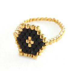 Anillo hexagonal amontonamiento de anillo anillo flaco