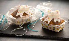 Mini babki słodkim prezentem na każdą okazję Food Art, Muffins, Cupcakes, Gift Wrapping, Cookies, Baking, Sweet, Desserts, Easy