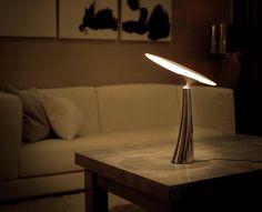 El diseño interactivo supera por mucho las limitaciones de las lámparas tradicionales, permitiendo al usuario crear su propio efecto iluminación y el ambiente deseado.