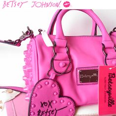 Betsey Johnson is my weakness! Snatch up these goodies, up to 50% off retail! <3 Sale ends tomorrow, 12/15.
