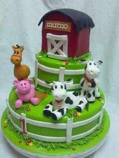 cute farm cake!