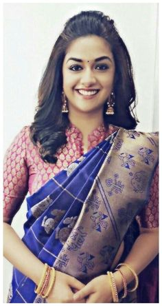 Blouse Designs High Neck, Silk Saree Blouse Designs, Fancy Blouse Designs, Silk Sarees, Kanjivaram Sarees, Indian Sarees, Blouse Models, Saree Models, Saree Hairstyles