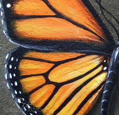 A Stunning Monarch Butterfly Hand Painted on a Smooth Sea Stone! Painted Rocks for Sale by Roberto Rizzo Oil Pastel Paintings, Oil Pastel Drawings, Oil Pastel Art, Butterfly Drawing, Butterfly Painting, Monarch Butterfly, Hand Painted Rocks, Arte Pop, Chalk Art