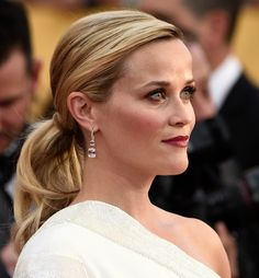 Reese Witherspoon - How to: Chic ponytail | DRESS A PORTER – BLOG