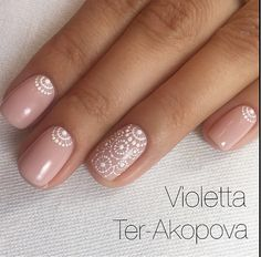 Most Gorgeous Nails Light Colors For Fall 2018 - Fall is the magical season, unlike spring and summer. Here we collect the 30 most gorgeous nails with light nail color for this fall. Dark clothing with light nails will better set off your personality. How To Do Nails, Fun Nails, Pretty Gel Nails, Party Nails, Nagellack Design, Short Gel Nails, Light Nails, Latest Nail Art, Manicure E Pedicure
