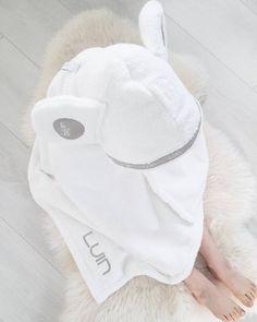 LuinSpa pehmeä vauvapyyhe, joka tuo vivahduksen kylpyläluksusta kodin pesutilaan. Baby Items