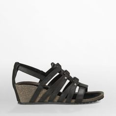 Free Shipping & Free Returns on Authentic Teva® Women's Sandals. Shop our Collection of Sandals for Women including the Cabrillo Sandal at Teva.com