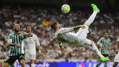 Sergio Ramos Smashes In Spinning Bicycle Kick Goal