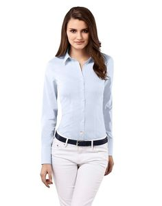 found this high quality blue blouse for €39,90