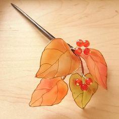 灯花堂(@onop19740719)さん | Twitter Nail Polish Jewelry, Nail Polish Flowers, Nail Polish Crafts, Resin Jewelry, Wire Flowers, Kanzashi Flowers, Faux Flowers, Wire Crafts, Resin Crafts