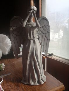 The Creative Crossing: Weeping Angel Christmas Tree Topper!