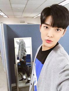 SF9_FANCLUB (@SF9_FANCLUB) | Twitter Click Your Heart, Neoz School, Rp Ideas, Sf 9, Korea Boy, Fnc Entertainment, Handsome Boys, Korean Actors, Korean Drama