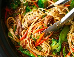 The Stir-Lazy Mom Meal: Crock-Pot Lo Mein Is a Healthy Alternative to Take-Out