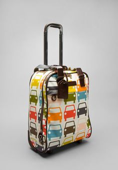 Orla Kiely suitcase! Orla Kiely Bags, Suitcases, New Bag, Beautiful Bags, Planer, Purses And Bags, Cool Designs, Trunks, Satchel
