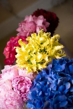 "Read: ""Mismatched Bridesmaid Bouquets?"" -  #bouquets #wedding"