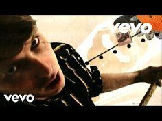Music video by Franz Ferdinand performing Take Me Out. (C) 2004 Domino Recording Co. Ltd.