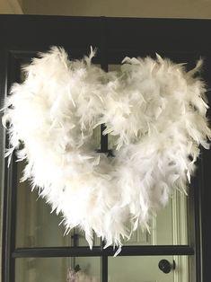 Life Love Larson: DIY Feather Wreath