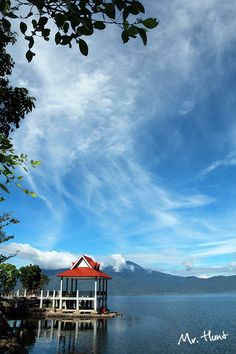 danau kerinci, indonesia