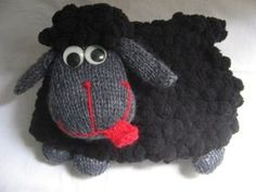 Sheep Tea Cosy  KNITTING PATTERN   file sent by by RianAnderson