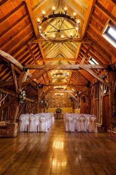 Top Tips on Getting Married in a Barn Wedding Venue