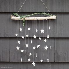 Make This Simple DIY Wall Decor: Hanging Clay Stars in Just 6 Steps! Sometimes you need a little twinkle in your life. Upgrade your outside art with this hanging clay star DIY wall decor. Turn your patio into a party! Diy Wall Art, Diy Wall Decor, Diy Bedroom Decor, Patio Wall Decor, Diy Wanddekorationen, Easy Diy, Simple Diy, Star Decorations, Christmas Decorations