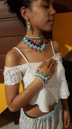 Neck Piece, Handcrafted Jewelry, Collars, Diy And Crafts, Beading, Crochet Necklace, Ideas, Fashion, Stud Earrings