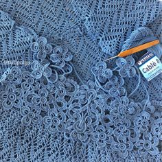Фотография / Вязание крючком / Flatlay crochet / #flatlay # tulipolga #вязаниекрючком Form Crochet, Crochet Flower Patterns, Crochet Home, Crochet Motif, Crochet Flowers, Crochet Stitches, Manta Crochet, Tunisian Crochet, Irish Crochet