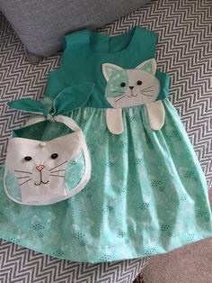 Girls Holiday Dresses, Girls Party Dress, Toddler Girl Dresses, Little Girl Dresses, Toddler Outfits, Kids Outfits, Sewing Baby Clothes, Baby Sewing, Kids Dress Wear