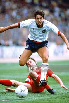 June 1989 World Cup Qualifier at Wembley England 3 v Poland 0 Gary Lineker England Gary Lineker one of England's best ever strikers won England International, International Football, England Kit, England Football Players, England National, World Cup Qualifiers, National Football Teams, Football Photos, Vintage Football