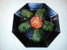 Mangold-Päckchen mit vegetarischer Reis-Gemüse-Füllung