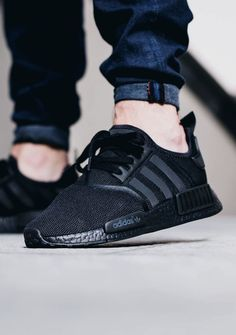 adidas NMD R1 'Triple Black' (via Kicks-daily.com)