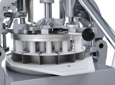 Divisora semiautomática de prensa amovível, DSA, Ferneto, Divisora de massa, divisora de pão, divisora de padaria, máquina padaria,