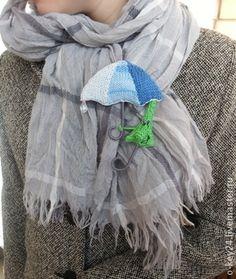 """Вяжем позитивную брошку """"Зонтик под зонтом"""" - Ярмарка Мастеров - ручная работа, handmade"""