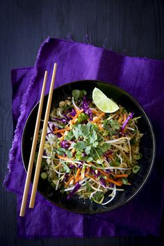 If you like pad thai, then you'll love this Thai-influenced quinoa recipe. It contains all of the best elements of the classic dish, such as peanuts, cilantro, and bean sprouts, with a fun twist: it substitutes quinoa for rice noodles.