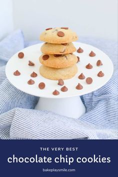 A delicious & simple chocolate chip cookie recipe that makes perfectly baked cookies every single time. There's a reason everyone loves this classic recipe! Baking Recipes, Cookie Recipes, Best Chocolate Chip Cookies Recipe, Bakers Gonna Bake, Australian Food, Lunch Box Recipes, Biscuit Recipe, Other Recipes, Delicious Desserts