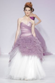 Vestidos de noiva de Jordi Dalmau 2014. #casamento #vestidodenoiva #rosa #BBW13
